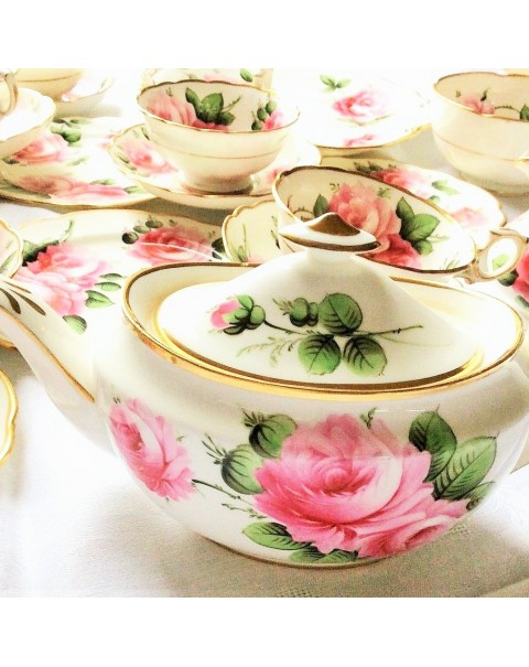 (OUT OF STOCK) HAMMERSLEY PINK ROSE TEA SET WITH TEAPOT