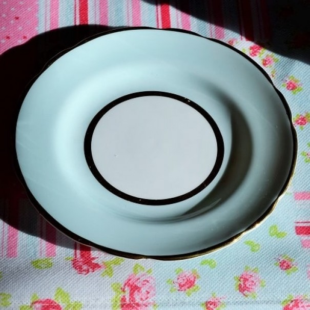 (OUT OF STOCK) HARROBY TEA PLATE GREEN