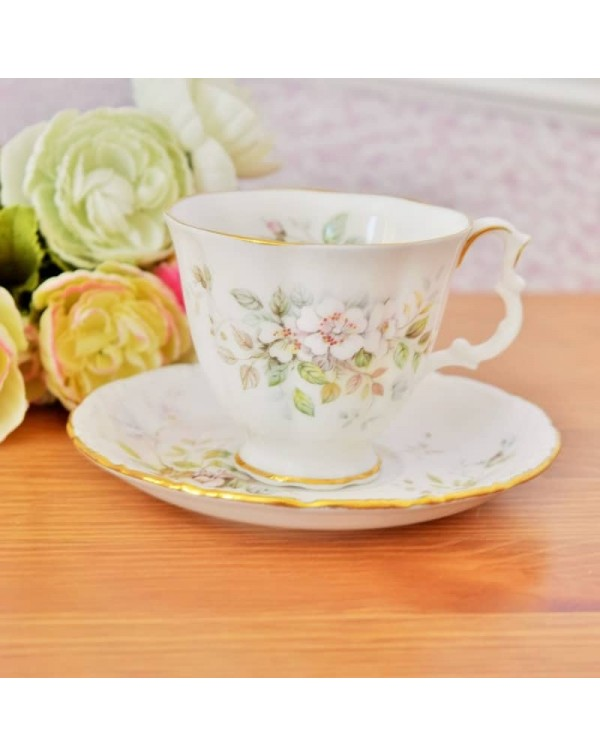 ROYAL ALBERT HAWORTH TEA DUO