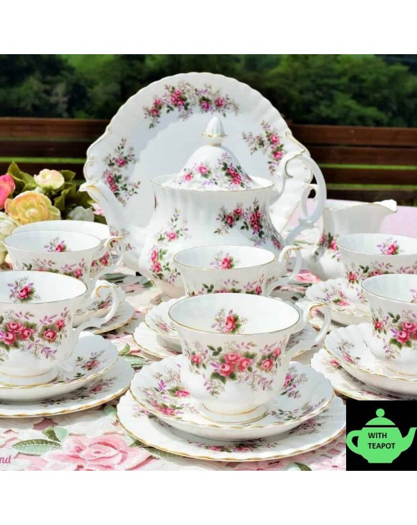 (SOLD) ROYAL ALBERT LAVENDER ROSE TEA SET