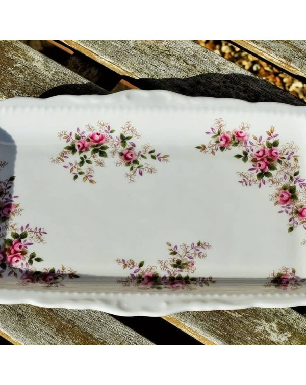 (OUT OF STOCK) ROYAL ALBERT LAVENDER ROSE SANDWICH...