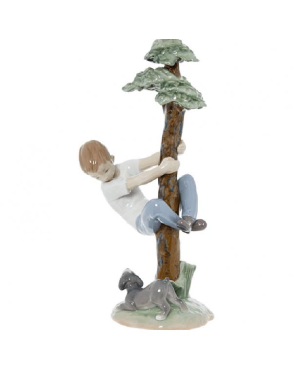 LLADRO TREE OF ADVENTURES BOY