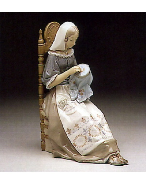 (SOLD) LLADRO INSULAR EMBROIDERESS NO. 4865