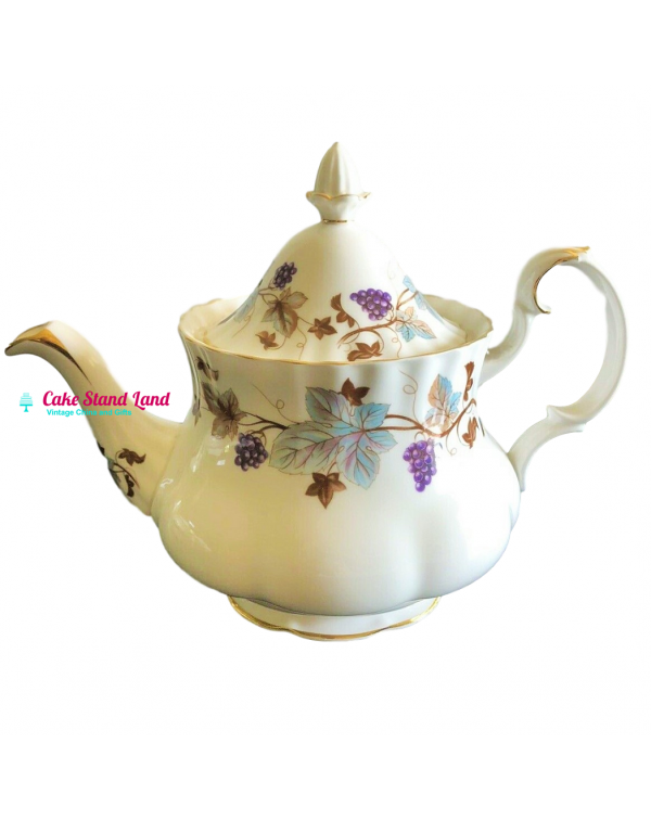 (SOLD) ROYAL ALBERT LORRAINE TEAPOT