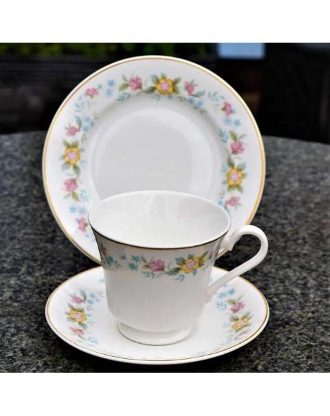 MAYFAIR TEA SET WITH TEAPOT