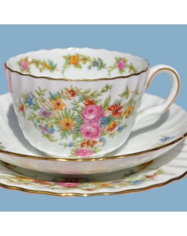 (SOLD) MINTON LORRAINE TEA TRIO
