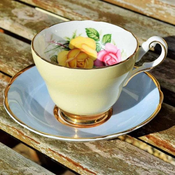 (OUT OF STOCK) MISMATCHED TEA CUP & SAUCER