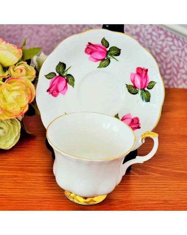 MISMATCHED TEA CUP & SAUCER