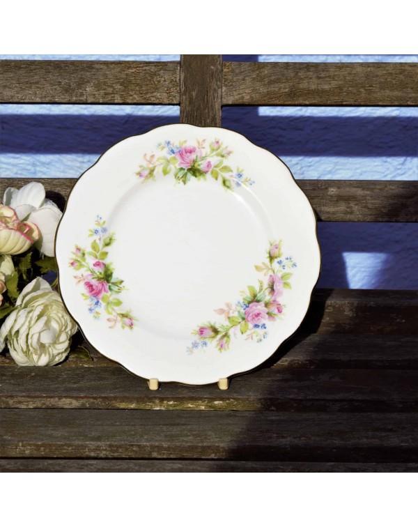 ROYAL ALBERT MOSS ROSE TEA PLATE SMOOTH RIM