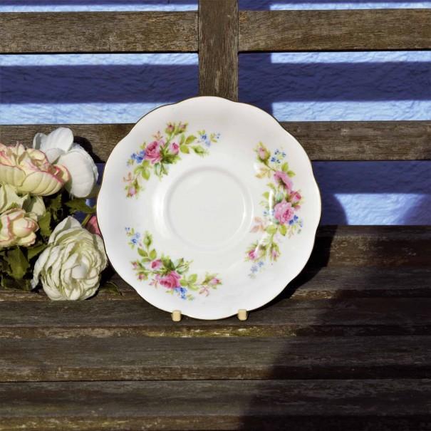 ROYAL ALBERT MOSS ROSE TEA SAUCER SMOOTH