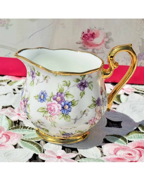 (OUT OF STOCK) Royal Albert Chintz teapot set New Boxed