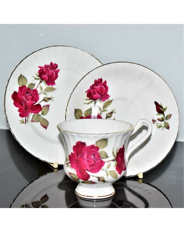 ENGLISH RED ROSE TEA TRIO