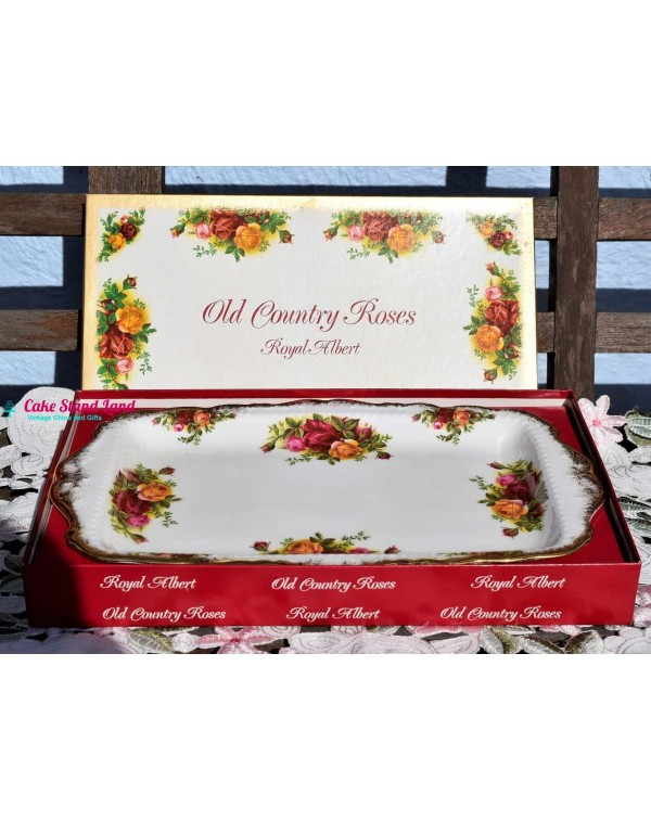 (SOLD) OLD COUNTRY ROSES SANDWICH TRAY BOXED
