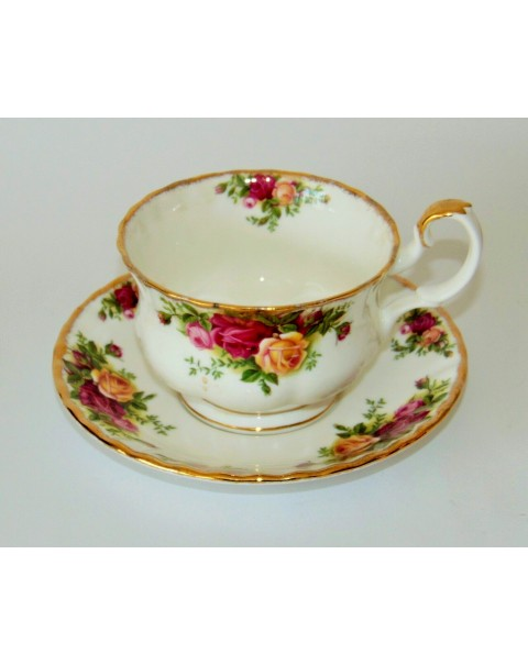 (OUT OF STOCK) OLD COUNTRY ROSES BREAKFAST CUP & SAUCER