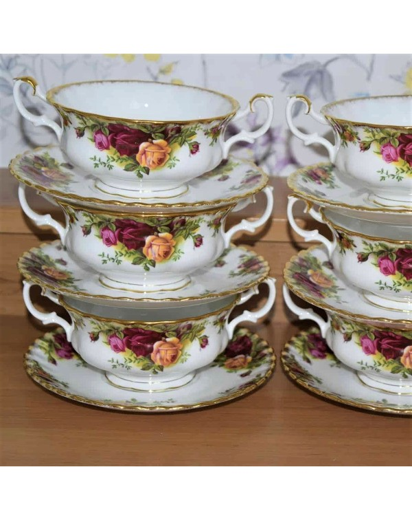 (SOLD) OLD COUNTRY ROSES SOUP COUPE & SAUCER S...