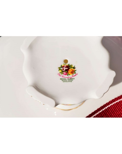 (SOLD) OLD COUNTRY ROSES TAZZA