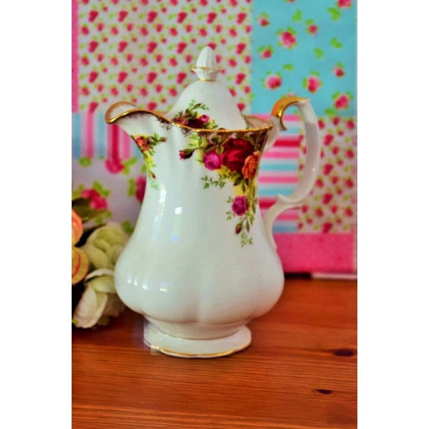 (OUT OF STOCK) ROYAL ALBERT OLD COUNTRY ROSES HOT WATER JUG