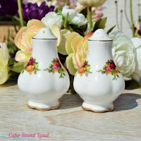 OLD COUNTRY ROSES CRUET SET