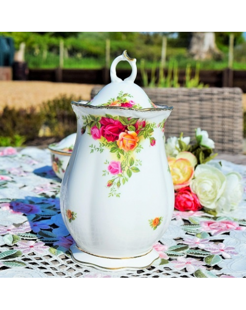 (OUT OF STOCK) OLD COUNTRY ROSES LIDDED JAR