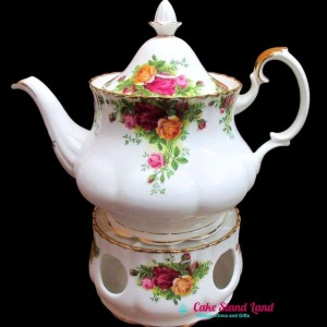 OLD COUNTRY ROSES TEAPOT AND WARMER