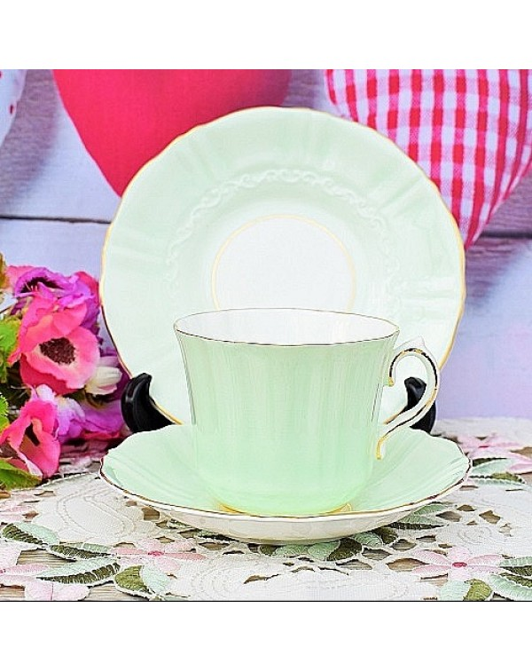 (OUT OF STOCK) OLD ROYAL TEA TRIO PALE GREEN