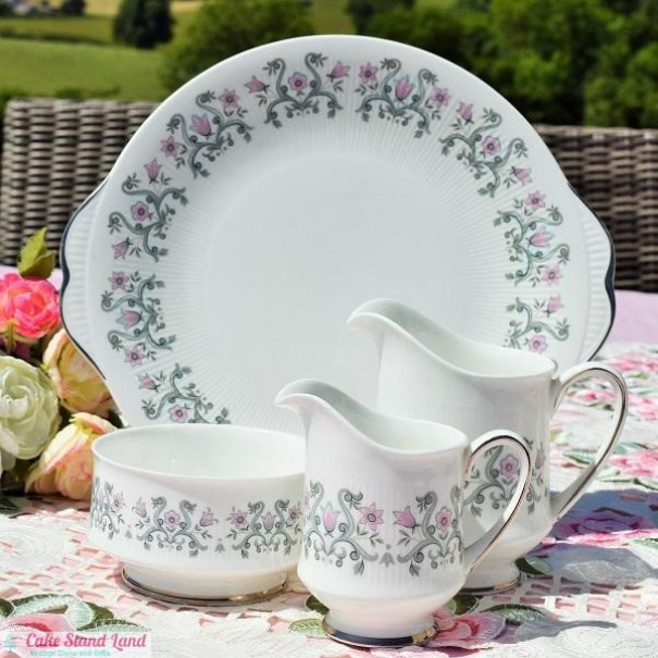 (OUT OF STOCK) PARAGON FLEUR CAKE PLATE SET