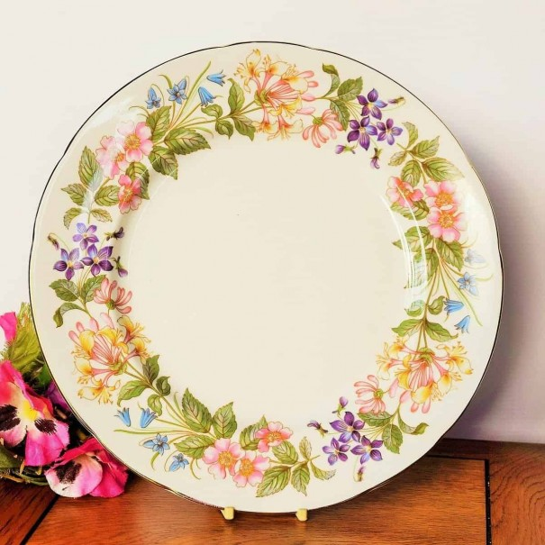 (SOLD) PARAGON COUNTRY LANE DINNER PLATE