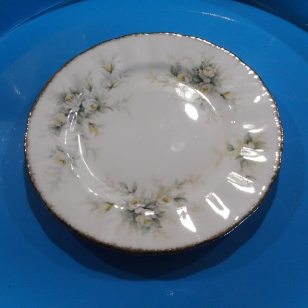 (SOLD) PARAGON FIRST LOVE TEA PLATE