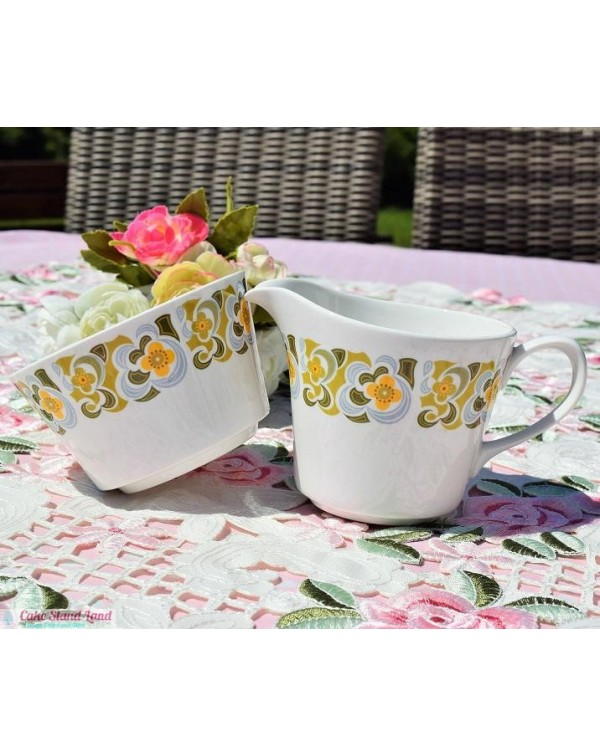 QUEEN ANNE RETRO MILK JUG & SUGAR BOWL