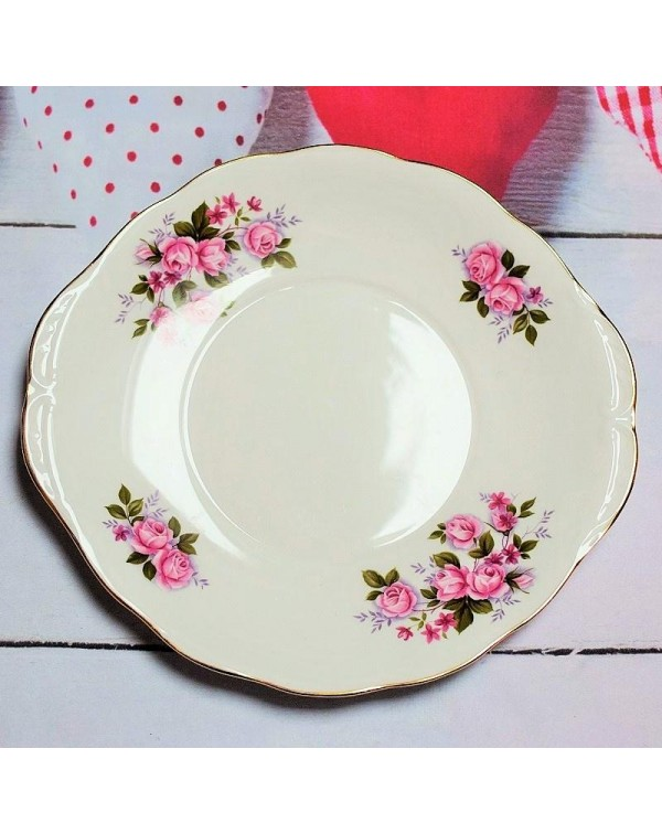QUEEN ANNE VINTAGE CAKE PLATE
