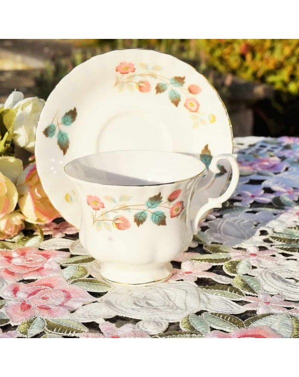 RICHMOND WILD STRAWBERRY CUP & SAUCER