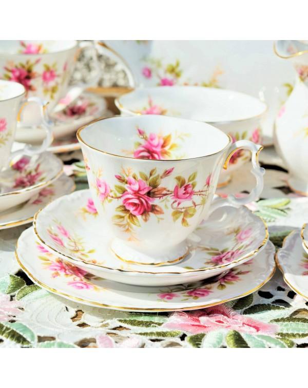 ROYAL ALBERT ROMANCE TEA TRIO