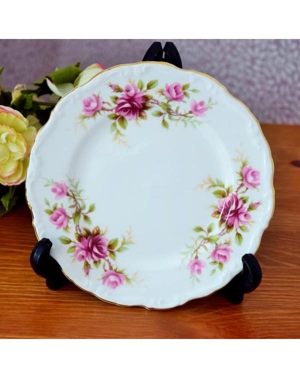 ROYAL ALBERT ROMANCE TEA PLATE