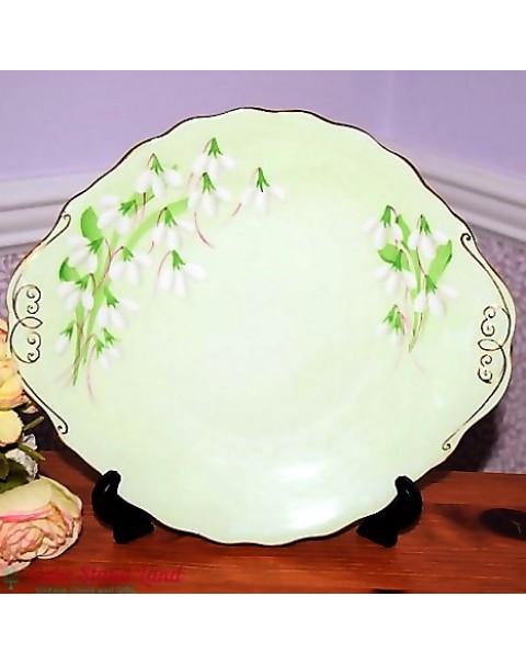 (SOLD) ROYAL ALBERT LAURENTIAN SNOWDROP TEA SET