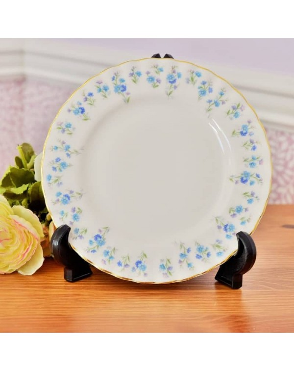 ROYAL ALBERT MEMORY LANE TEA PLATE