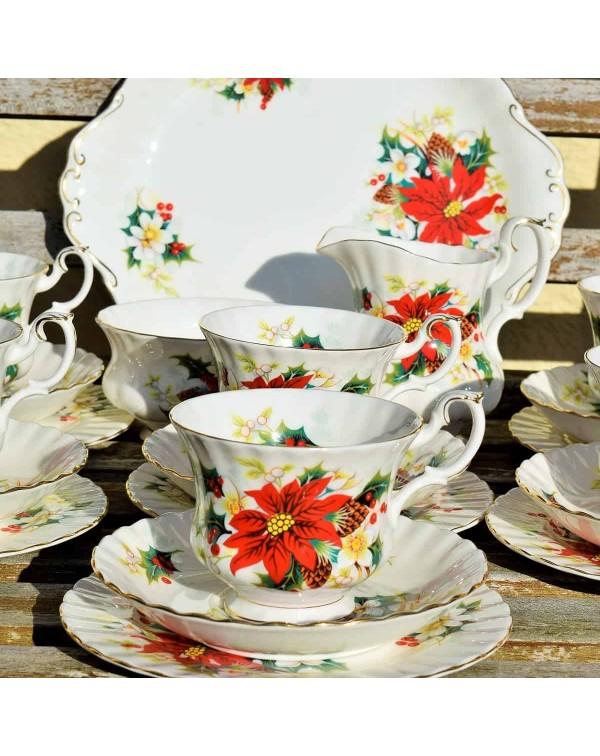(OUT OF STOCK) ROYAL ALBERT POINSETTIA TEA SET
