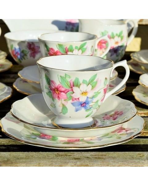 ROYAL ALBERT PASTEL FLORAL TEA SET