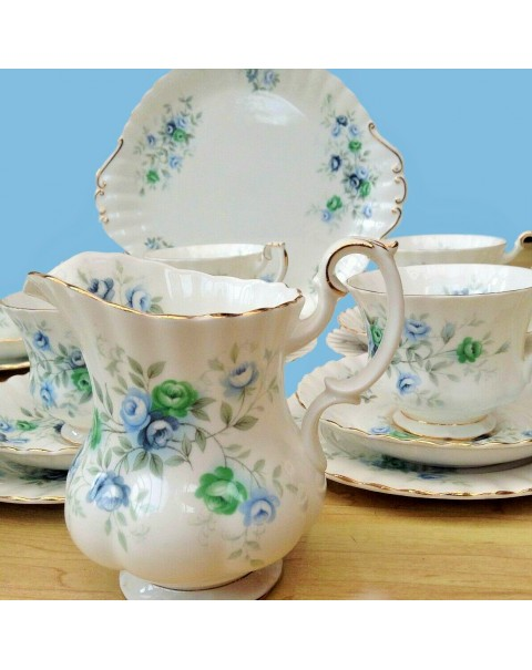 ROYAL ALBERT INSPIRATION TEA SET