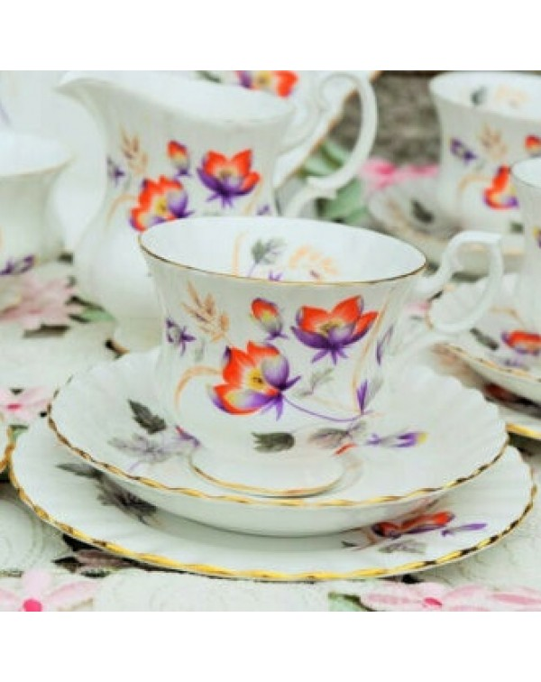 ROYAL ALBERT WATER MEADOW TEA TRIO