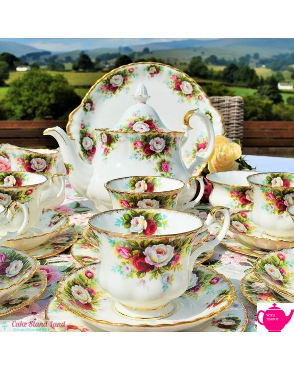 (OUT OF STOCK) ROYAL ALBERT CELEBRATION TEA SET