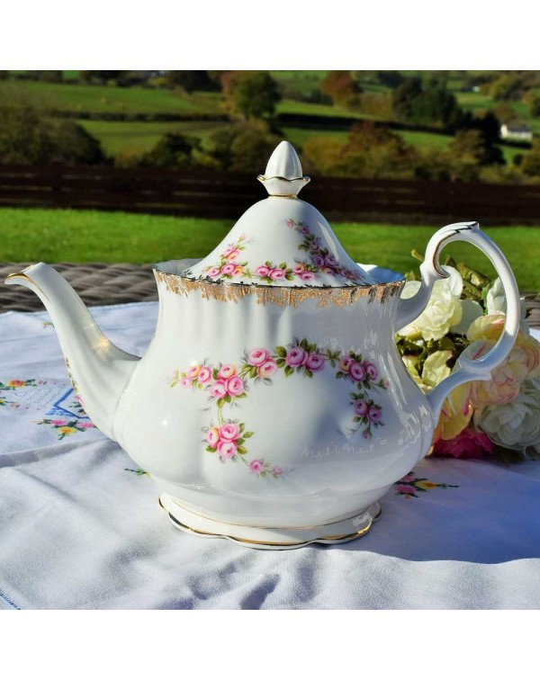 (SOLD) ROYAL ALBERT DIMITY ROSE TEAPOT