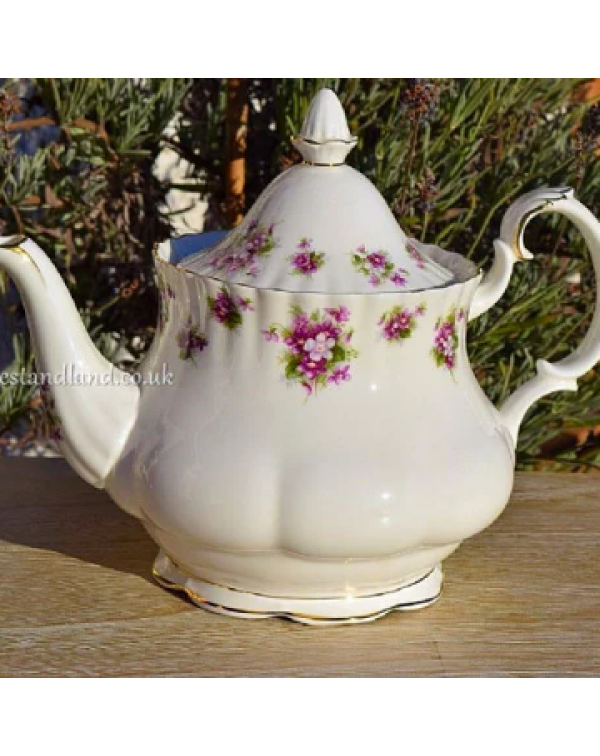 (SOLD) ROYAL ALBERT SWEET VIOLETS TEAPOT