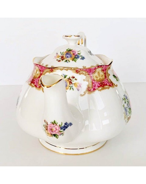 (OUT OF STOCK) ROYAL ALBERT LADY CARLYLE TEAPOT