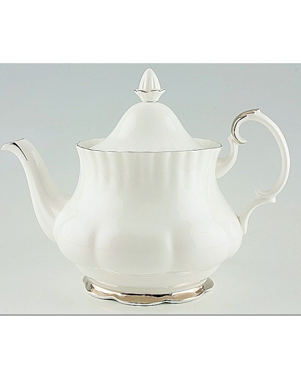 (OUT OF STOCK) Royal Albert Chantilly Teapot