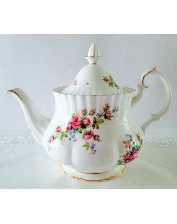 (OUT OF STOCK) ROYAL ALBERT MOSS ROSE TEAPOT