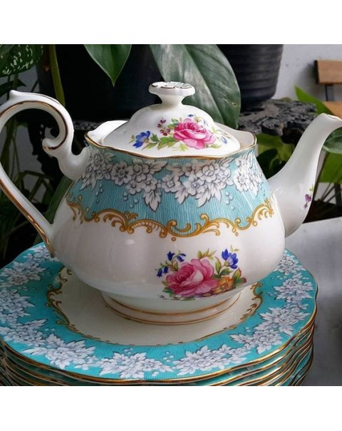 ROYAL ALBERT ENCHANTMENT LARGE TEAPOT
