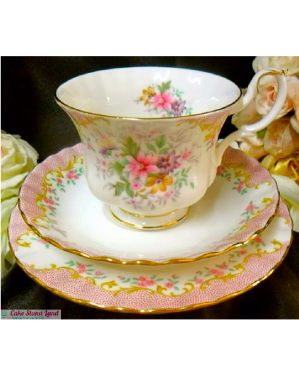 (OUT OF STOCK) ROYAL ALBERT SERENITY TEA TRIO
