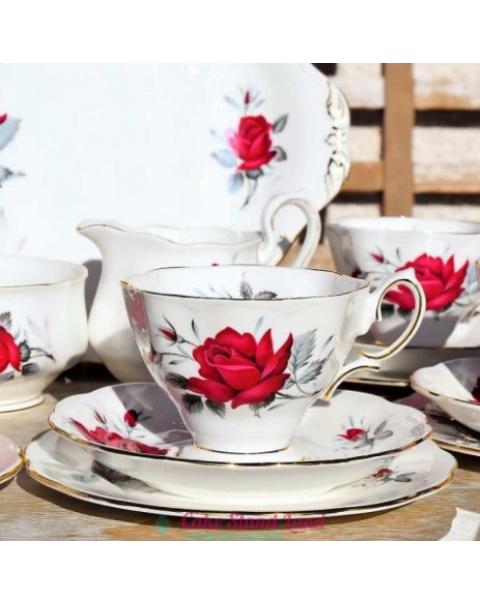 (OUT OF STOCK) ROYAL ALBERT SWEET ROMANCE TEA TRIO
