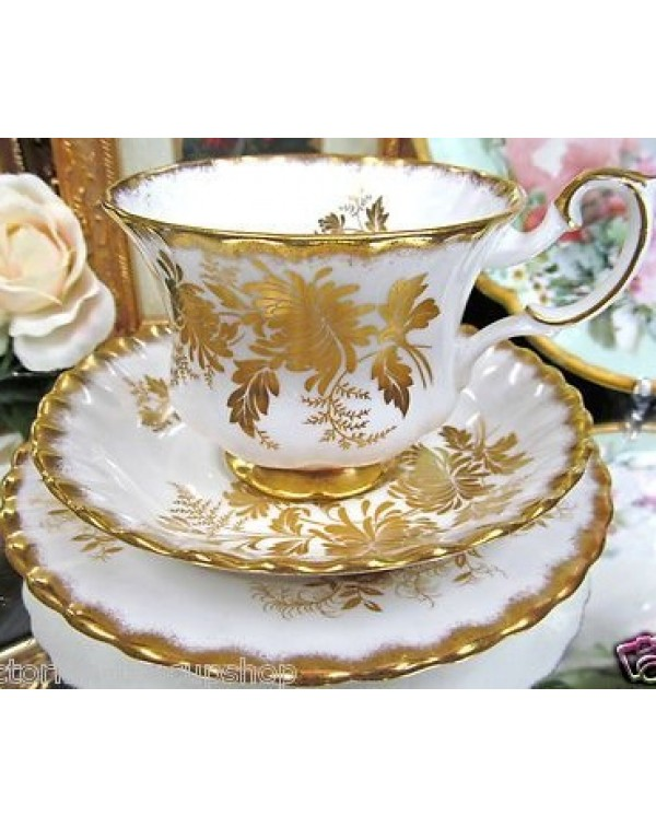 ROYAL ALBERT ANTOINETTE TEA TRIO