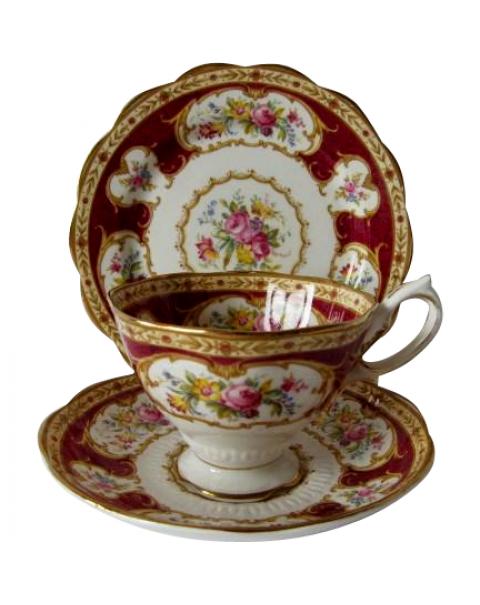 ROYAL ALBERT LADY HAMILTON TEA TRIO